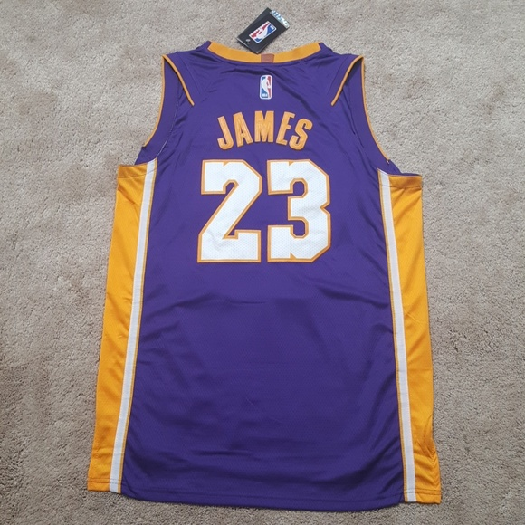 separation shoes badab 45c3c Lebron LeBron James Lakers Jersey New Mens L NWT
